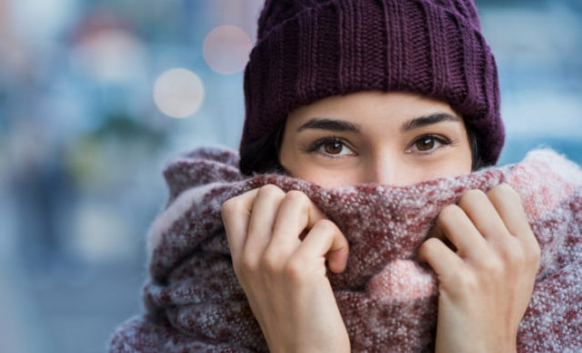 rosacea-flare-ups, cold winter, cover face, scarf