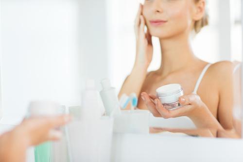 dry skin, thick moisturiser, clogging pores