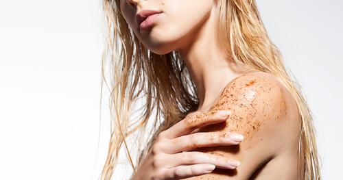 body acne, body exfoliation, exfoliation scrub